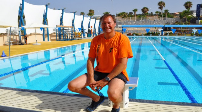 Nick Gillingham is a licensed swimming coach who offers swimcamps at Tenerife Top Training