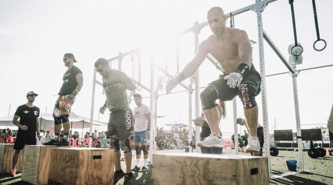 CrossFit Box Jumps