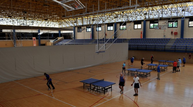 The multipurpose sports hall, Pabéllon Polideportivo Las Torres offers various training opportunities, here an example for table tennis training camps on Tenerife