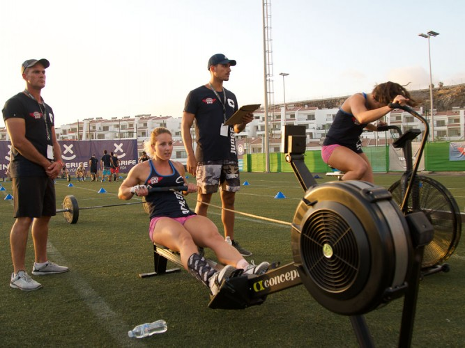 Canarias Gone Bad 2017 European Throwdown Team UK with Charlotte Gomersall on the Assault Bike and Sheli Mc Coy on the Concept 2 Rower