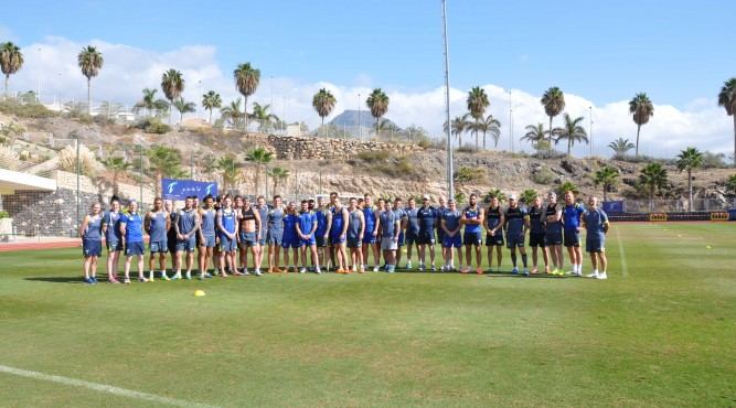 1st step: bring your team too Tenerife Top Training. 2nd step: have an awesome training camp on our facilities. 3rd step: take a teamphoto with our staff in the sun, to save a memory you enjoyed.
