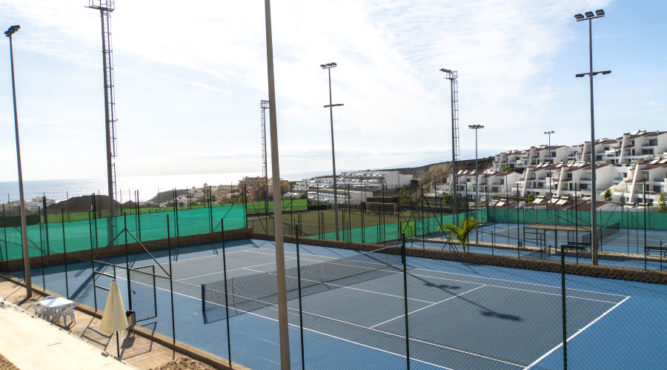 Your ideal tennis holiday or tennis training camp can be found in Tenerife Spain