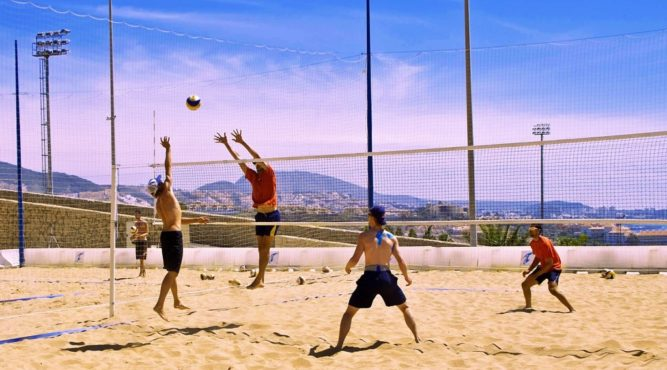 The facilities for beach volleyball in the T3 are perfect for training games and to improve their own performance