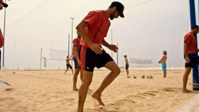 Beach volleyball workout in the sand of the T3