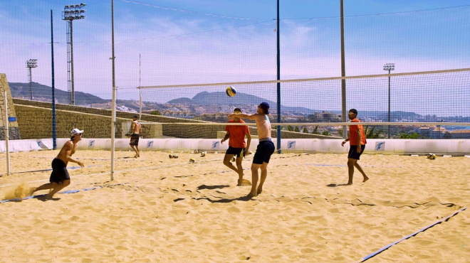 Beach volleyball training camp in optimal surroundings on the Tenerife Top Training facilities