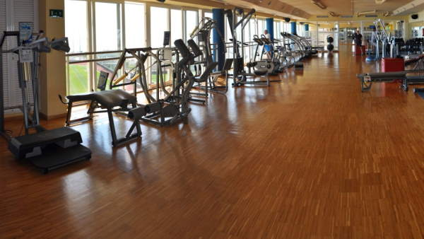 Fully equipped gyms for your beach volleyball training camp in Spain